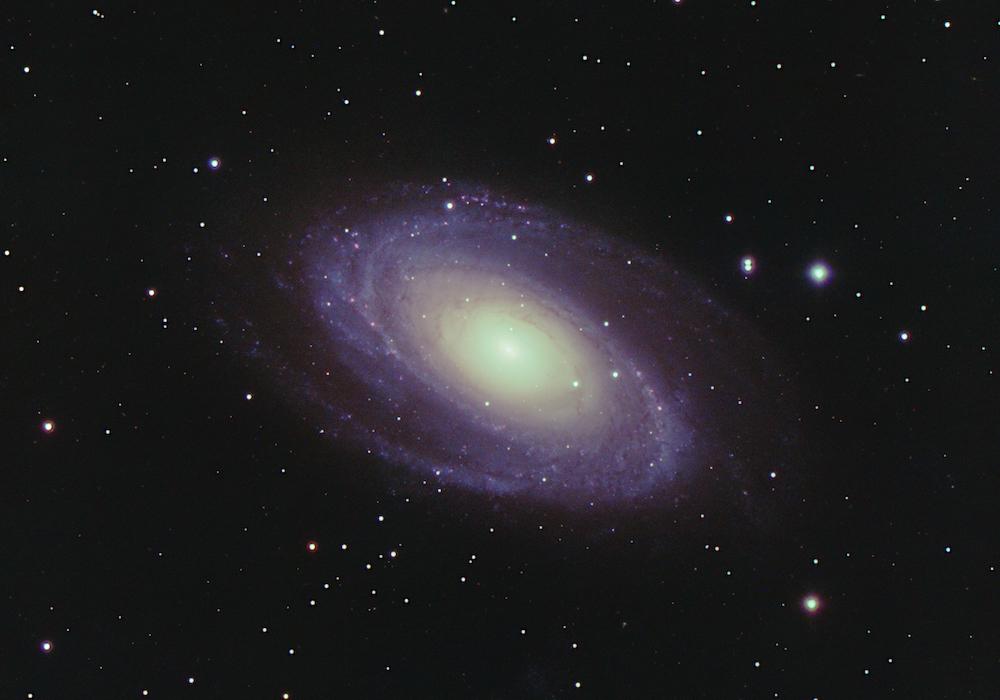 [Bild: M81-LRGB-33pr-1000x700-B.jpg]